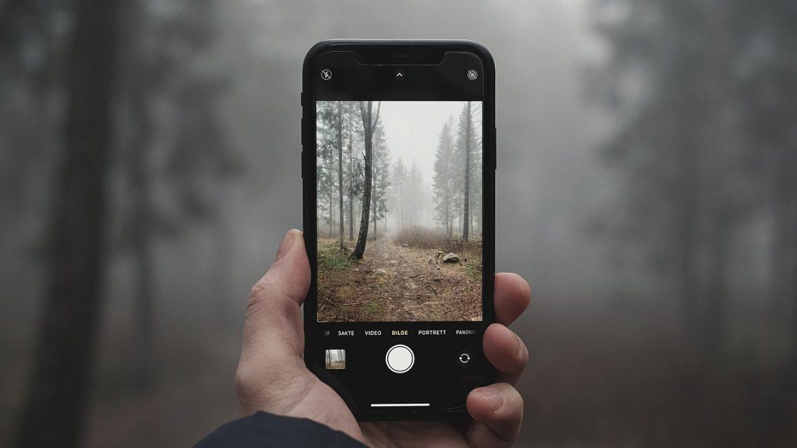 Quelles sont les caractéristiques avantageuses de l'iPhone XR ?